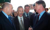 Н. Калистратов и М. Гмырин работают с делегацией правительства РФ.