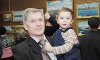 Теперь А. Железников пишет для внука Никиты. Фото В. Николаева