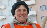 Валентина Бечина — лучший дворник города. Фото В. Бербенца