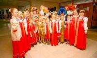 Народный детский хор «Северная отрада» стал лауреатом первой степени, а его руководитель И.К. Ульмасова награждена специальным призом управления культуры. Фото В. Бербенца