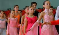 Танцу все возрасты покорны. Фото В. Бербенца