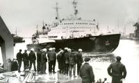 Атомный ледокол «Ленин» уходит в Заполярье (май 1970 г.). Фото из фонда музея