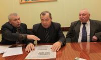 В.С. Жихарев, Н.И. Житов, Н.В. Бородулин (слева направо). Фото В. Капустина