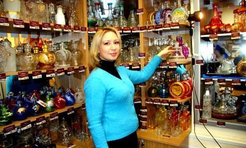 Магазин, где представлены эксклюзивные изделия, работает последние дни. Фото В. Бербенца