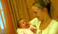 Мама Анастасия и дочка Алина. Фото В. Бербенца