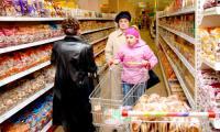 Новый закон вышел, но тратить на продукты придется не меньше. Фото В. Бербенца