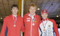 Один из героев Олимпиады И. Скобрев (в центре) с архангелогородцем А. Румянцевым (слева) и А. Бурляевым.
