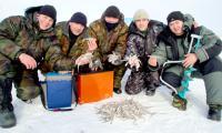 Серебряные призеры — команда АПЛ «Брянск». Фото В. Бербенца