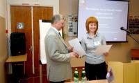 Директора лицея В.М. Някова поблагодарили за гостеприимство. Фото В. Бербенца