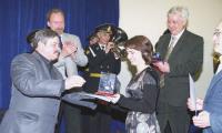 Создатели ленты «Океанский щит Отечества» получают награду за лучший фильм о корабелах. Фото М. Воркункова