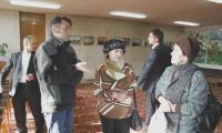К руководителю экспедиции А. Шаларёву у посетителей было немало вопросов. Фото А. Леонтьева