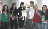 Наша гордость (слева направо): Е. Душак, К. Тимофеева, К. Локайчук, Е. Соколов, В. Башловкина и Я. Хлюстова. Фото Е. Антуфьевой