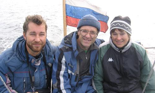 Алексей Климов (слева) с учёными «Севморгео» во время экспедиции на Белом море. Фото из архива А. Климова