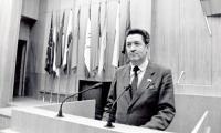 1993 год. А.Н. Буторин на трибуне Верховного Совета России. Фото В. Капустина
