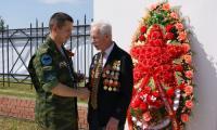 Ветерану К. Хромцову: «Спасибо за то, что вы есть!» Фото из архива К. Хромцова