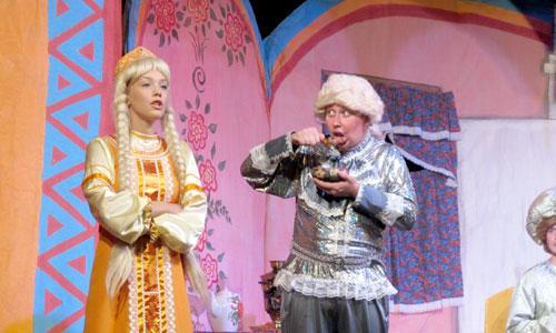 Насмешит ли красавицу царевну (Дарья Басова) принц (Юрий Русанов)? Фото автора