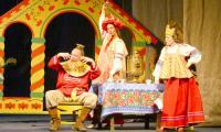 Спектакль «Волшебное кольцо» имел в Череповце оглушительный успех. Фото В. Бербенца