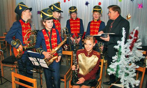 Последние наставления перед концертом... Фото В. Бербенца