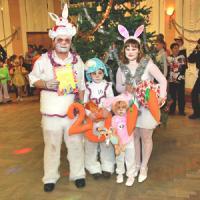 Семья Косенковых: папа Александр, мама Марина, 9-летний Владимир и 4-летний Саша. Фото В. Бербенца
