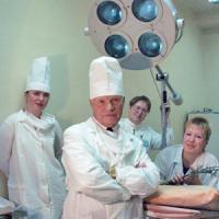 Григорий Григорьевич Мошников на рабочем месте, 2006 год. Фото В. Бербенца