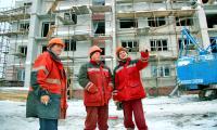 В Северодвинске оживился спрос на новое жильё — и строители строят. Фото В. Бербенца