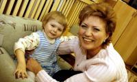 Дашенька уже третий год живёт в семье. Подарить её ребёнку — настоящее счастье! Фото В. Капустина